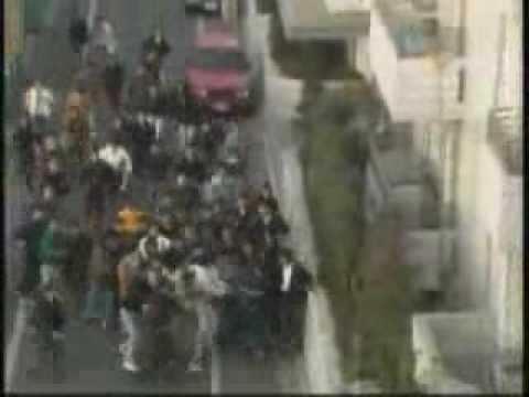 「日本快閃族」路上突然有一群人朝你衝過來,你還有辦法淡定嗎?!
