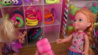 Video Shopping ! Elsa and Anna toddlers buy from Claire's store - Barbie MP3, 3GP, MP4, WEBM, AVI, FLV September 2019