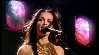 """Download Lagu The Corrs """"Breathless"""" Live Mp3"""