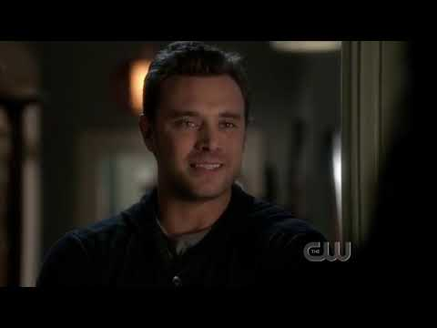Ringer S01E10 1x10 Season 1 Episode 10 That's What you Get for Trying To Kill Me Sarah Michelle
