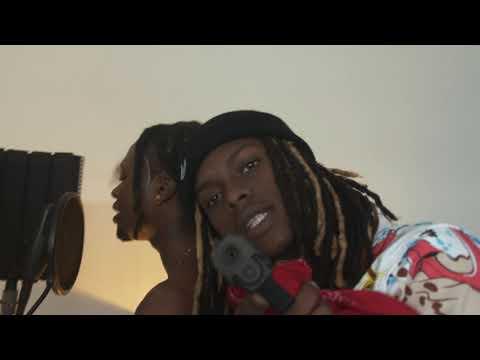 DJT EXEUS -- RHUME  (Street clip)