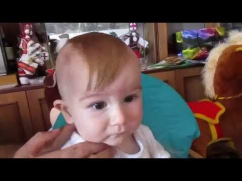 ✔Як стригти немовля. Нова зачіска у козака. Козацький чуб. Марку 1 рік