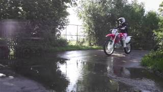 9. 2015 Honda CRF450X and CRF250X