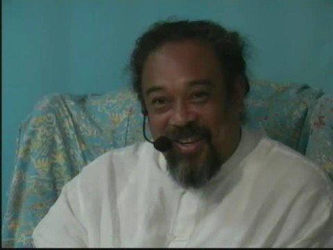 Mooji Video: Will I Continue When the Body Goes?