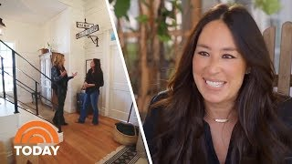 Video Fixer Upper Star Joanna Gaines Gives A Tour Of Her Family Farmhouse | TODAY MP3, 3GP, MP4, WEBM, AVI, FLV November 2018