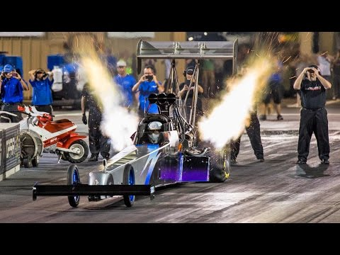 Top Fuel DRAGSTER - 4 Second MONSTER! (видео)