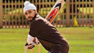 Nonton Dialogue Promo   Cricket Player Nahi   Dil Bole Hadippa   Shahid Kapoor   Rani Mukerji Film Subtitle Indonesia Streaming Movie Download