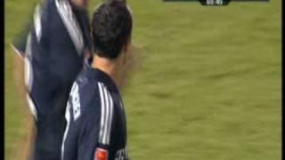 Landon Donovan trifft gegen den 1. FSV Mainz 05