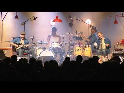 Moussu T Live at La Fiesta des Suds oct2010