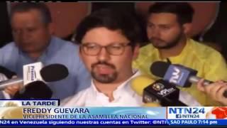 Suscríbase a nuestro canal en YouTube: http://tinyurl.com/NTN24VENEZUELALa Mesa de la Unidad Democrática (MUD) presentó al país un acuerdo de gobernabilidad, un acuerdo que contempla lo lineamientos de un gobierno de unidad nacional, aunque Maduro insiste en mantenerse en el poder y que no frenará la constituyente convocada para el 30 de este mes, la oposición asegura que un cambio de Gobierno es inevitable.También puede seguirnos en nuestras redes sociales:Twitter: https://twitter.com/ntn24veFacebook: https://www.facebook.com/NTN24veInstagram: https://instagram.com/ntn24ve