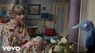 Video Taylor Swift - We Are Never Ever Getting Back Together MP3, 3GP, MP4, WEBM, AVI, FLV Agustus 2018
