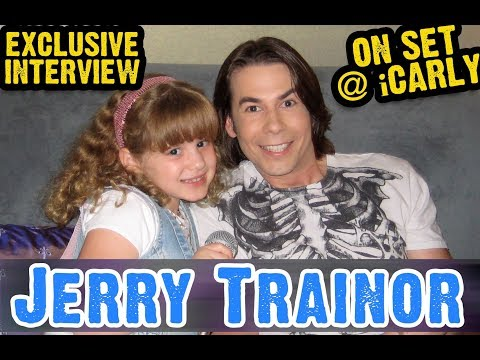 JERRY TRAINOR (SPENCER SHAY) Interview on SET at iCARLY w REPORTER PIPER REESE! (PipersPicksTV 045)