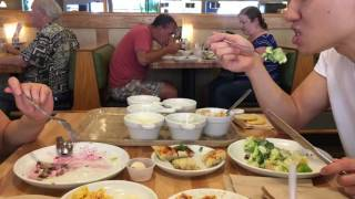 Location: Souplantation Kearney Mesa San Diego, CA Souplantation is great for pigging out in semi-healthy fashion. Basically we go here when our bodies are ...