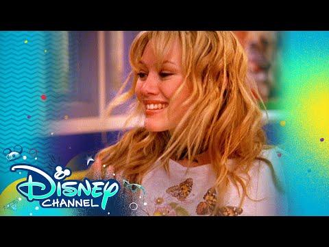 Lizzie McGuire Best Dressed 👗| Throwback Thursday | Lizzie McGuire | Disney Channel