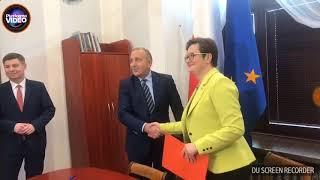 Podpisanie porozumienia Platformy Obywatelskiej i Nowoczesnej ws. #WspólnaLista przez Grzegorz Schetyna i Katarzyna Lubnauer