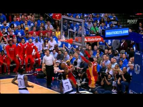 Dwight Howard's fast break alley-oop in Game 4 - BANANAS!