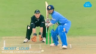 Video Sachin Tendulkar on Beast Mode !! Most Aggressive Batting VS NZ !! MP3, 3GP, MP4, WEBM, AVI, FLV Oktober 2018