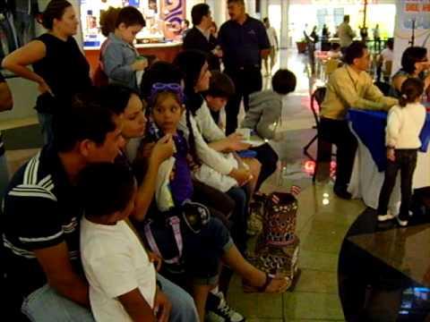 """Concurso de Faroles """"Mall Paseo de las Flores"""" en Heredia 2009"""