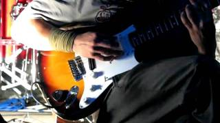 Video W.A.R. (LIVE)