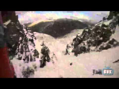 Alpinista graba su propia caída