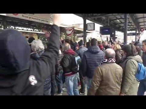 Stazione di Arezzo, tifosi amaranto in partenza per Pisa