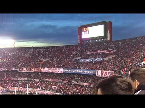 Video - Tiraste gas, abandonaste - River vs Colón - Fecha 18 Torneo Argentino 2015 - Los Borrachos del Tablón - River Plate - Argentina
