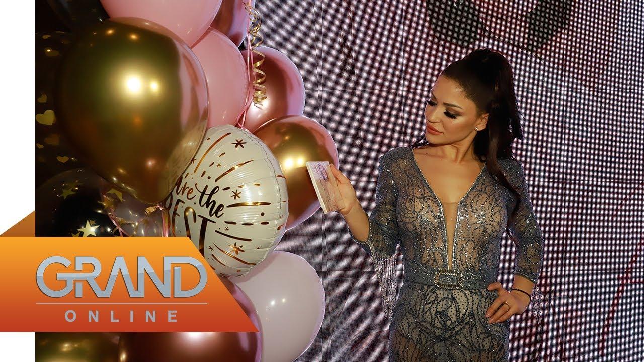 Aleksandra Mladenović na promociji prvog albuma otkrila sa kim je u vezi