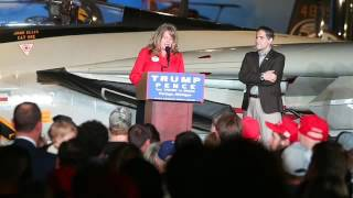 Portage (MI) United States  City new picture : Kalamazoo area Republican politicians rally with Ted Cruz and Mike Pence at Air Zoo