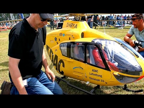 World  s Biggest RC Helicopter