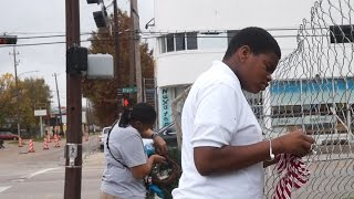 Like MIM Television:https://www.facebook.com/profile.php?id=380575108787152MIM Television goes Out on the Town to Emancipation Park as the Friends of Emancipation Park hang wreaths for the holiday season. Emancipation Park is undergoing  a major renovation and while there will be all kinds of major news cameras here when it's finished, you can count on MIM Television to bring you positive stories from the community year round.Friends of emancipation Parkhttp://emancipationusa.com/Friends of Emancipation Park is a 501(c)3, non-profit organization that was established in December 2007 by Houston civic, business and professional volunteers.  Six goals that encompass the major functions of Emancipation Park. These goals provide a framework for the strategic plans of the Friends of Emancipation Park.❖Resource Protection - Protect Houston's natural, cultural and heritage landmark, Emancipation Park. ❖Resource Development - Attract and work with partners, and manage resources to promote responsible park usage and sustainable development.❖Recreation and Healthy Living- Provide recreational opportunities for Houstonians promoting healthy lifestyles, nutrition and exercise models.❖Serving Communities - Safeguard lives, property and assets, advance environmental scientific knowledge, education and improve the quality of life for our citizens.❖Management Excellence - Manage the program and center to be highly skilled, accountable, modern, functionally integrated, citizen-centered and results- oriented❖Public Space - Utilize Emancipation Park as a multi- use cultural and community destination attracting citizens seeking quiet time and for organizations executing major events.Key Outcomes Since Our Inception:Received non-profit 501(c)(3) statusHistorical recognition by the City of Houston and the State of Texas Emancipation Park has received over- due maintenance, i.e., painting of building, landscap- ing, baseball diamond, mediation of standing water, planting of flowers, engage