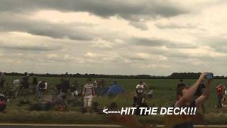 F-16 Lands Uncomfortably Low, Close To Air Show Spectators
