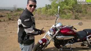 8. Hands on with the Hyosung Aquila Pro (GV650)
