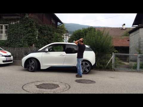 BMW i3 - Parcare asistata cu Vali Porcisteanu