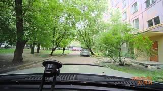 Кража видеорегистратора из припаркованного авто