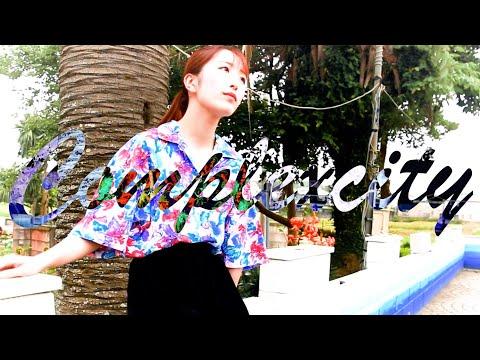 , title : 'HALLCA「コンプレックス・シティー」Music Video'