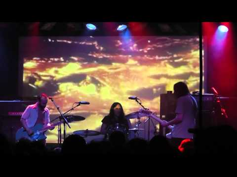 Is it all hard and heavy @roadburnfest you ask? Mostly, but not all. Watch this Mars Red Sky bit @013 #Roadburn