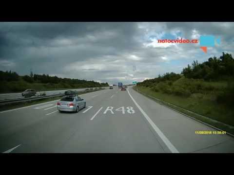 Nehoda 11.8.2016, dálnice D1, výjezd 311 u Bělotína