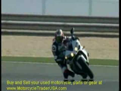 Valentino Rossi Riding Yamaha R1 - R1 Review