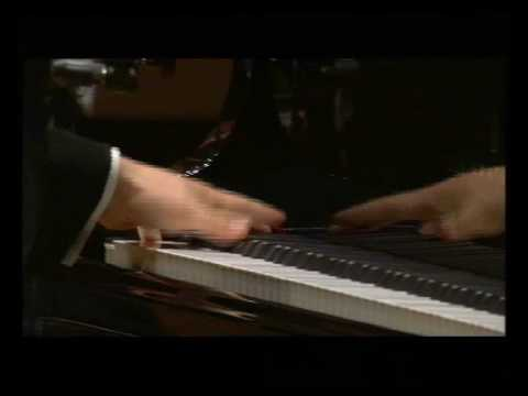 Ravel left hand piano concert by Siheng Song
