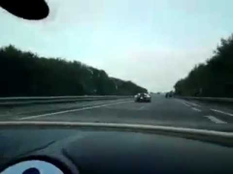 1001hp - Please subscribe! Abonneer alsjeblieft! Bugatti Veyron V16 1001hp top speed on autobahn.