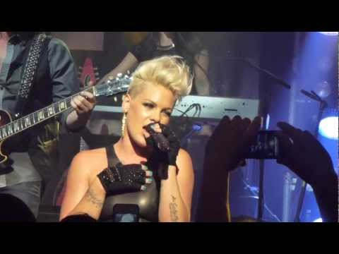 truth forum - Pink performs Truth About Love from her new and same titled album