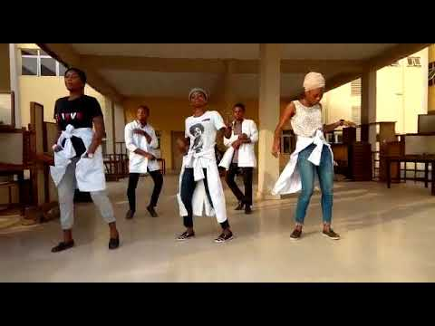 OOU Medical Students Dancing Olamide's Awon Omo Science Student