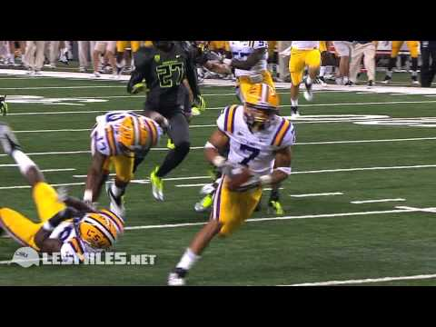 Mathieu - Highlights from the 2011 season for LSU DB Tyrann Mathieu. Freshman Highlight: http://youtu.be/hL0CQrPqxxg As a sophomore, Mathieu was named first team All-A...
