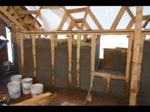 casa domo geodesico con  fardos de paja