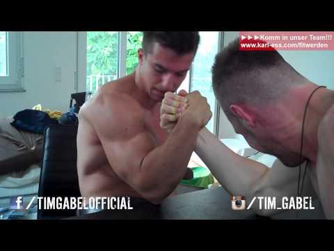 Armdrücken   Tim vs Ralf - Extreme Wikinger Armwrestling + Wetteinsatz - TIM-GABEL.COM