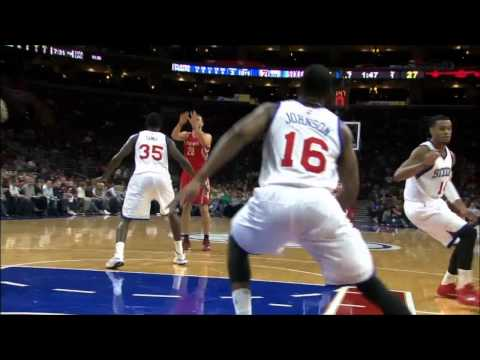 Dwight Howard alleyoop slam on Chris Johnson