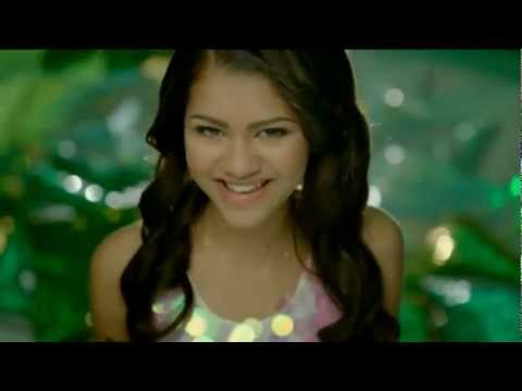 Zendaya - Something To Dance For (Official Music Video)