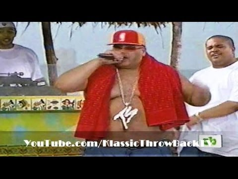 "Fat Joe Feat. Ashanti - ""What's Luv"" Live (2002)"