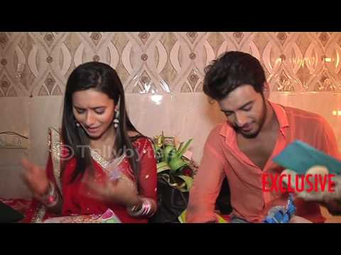 Shivani and Vikram aka Atharv and Vividha receive