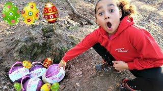 Video Easter Egg Treasure Hunt In A Forest! LOL Pearl Surprise Toys | Toys AndMe MP3, 3GP, MP4, WEBM, AVI, FLV September 2018